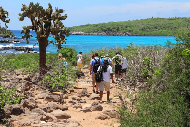 requirements for tourists visiting Galapagos